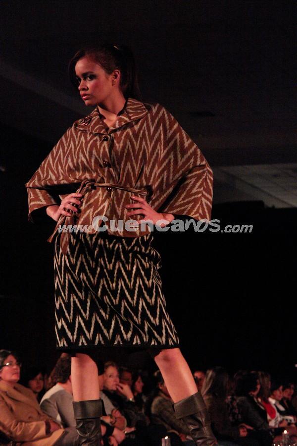 Fashion Week 2008 .- En el centro de Convenciones del Mall del Río se realizo el Fashion Week 2008, donde todo el público presente disfruto de los exclusivos diseños de María Eulalia Mora.