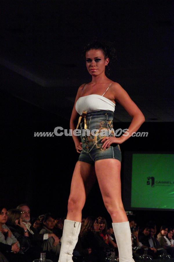 Fashion Week 2008 .- En el centro de Convenciones del Mall del Río se realizo el Fashion Week 2008, donde todo el público presente disfruto de los exclusivos diseños de Gabriel Nuñez