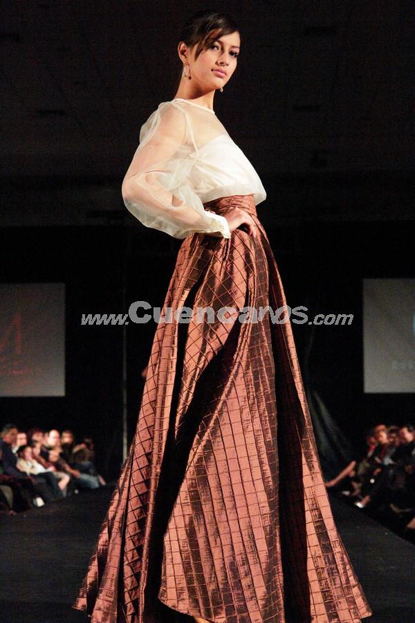 Fashion Week 2008 .- En el centro de Convenciones del Mall del Río se realizo el Fashion Week 2008, donde todo el público presente disfruto de los exclusivos diseños de Gustavo Moscoso.