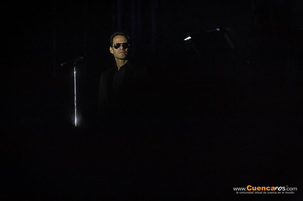 Marc Anthony .- Marco Antonio Muñiz Ruiz Rivera, más conocido por su nombre artístico como Marc Anthony nació el 16 de septiembre de 1968 en Nueva York, es un cantante estadounidense de origen puertorriqueño. Sus canciones van desde la salsa, pasando por el bolero, la balada y el pop. Dio el salto internacional gracias a Paul Simon, al que considera su maestro y mentor, fue este quien lo eligió entre miles de candidatos para ser el protagonista de su obra The Capeman. Lleno el Estadio Alejandro Serrano Aguilar de la ciudad de Cuenca el Sabado 2 de Noviembre del 2013.