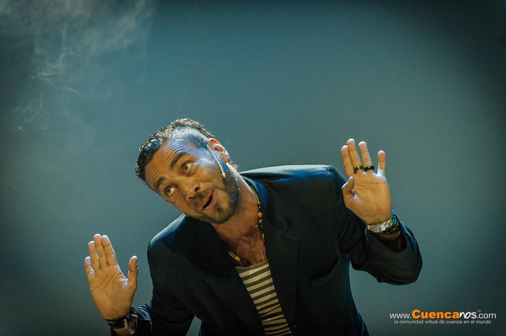 """5MEDIANTES III Edición .- DANILO ESTEVES.<br> Actor de teatro cine y tv, animador y monologuero. con 19 años de carrera en la actuación en programas cómicos como Ni en Vivo Ni en Directo, Vivos, Super Espías, presentador y animador de Café y Bolón. 5 años de monologuero. Ha compartido escenario con Adal Ramones y Piter Albeiro, en Guayaquil y Quito.<br> Presentó su show """"Soltero Maduro"""", monologo en el que cuenta con sátira, y humor negro, porque después de tantas desilusiones amorosas, dos matrimonios y 3 hijos el decide seguir siendo un soltero maduro."""
