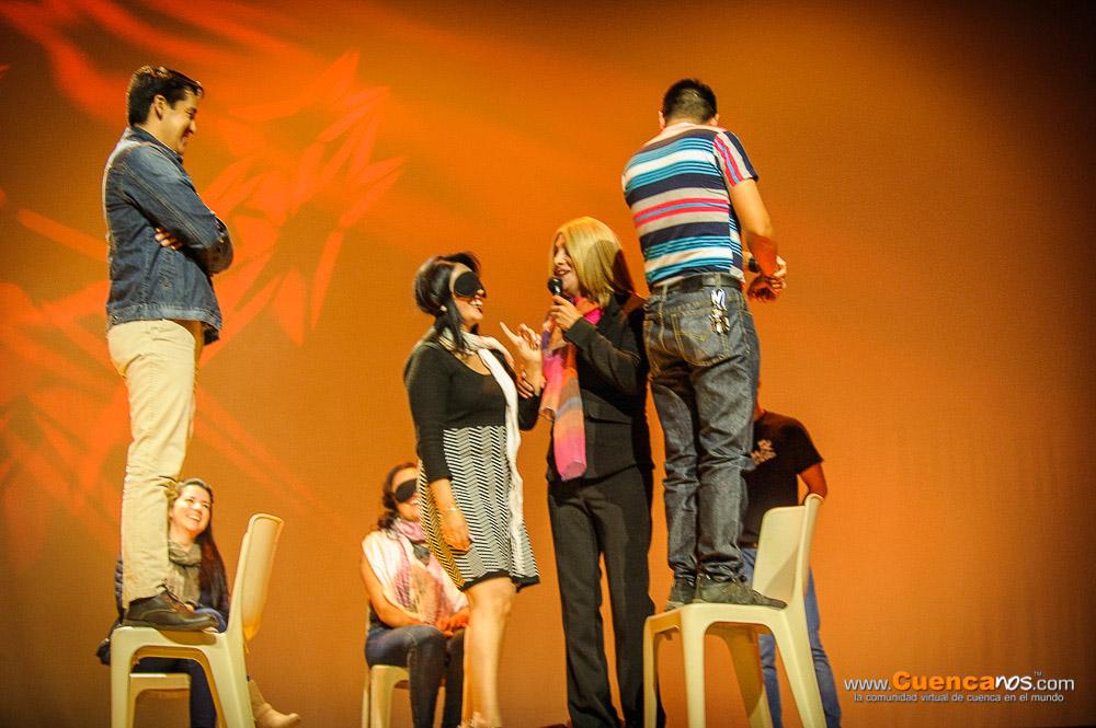 5MEDIANTES III Edición .- SRTA. LAURA<br> La Srta. LAURA es un show para todo público. Un show muy personalizado pues LAURA interactúa con los asistentes haciéndolos participes de sus concursos y bromas se dirige hacia ellos, haciendo de sus invitados una diversión total con un lenguaje apto para todo público.