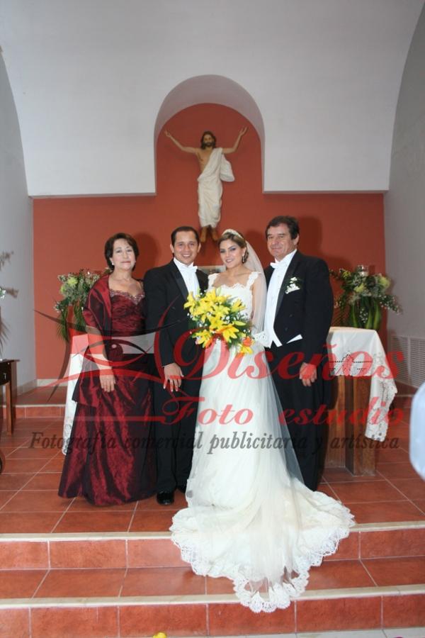Boda de Ornela Buitron M y Carlos Vera.