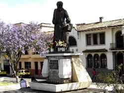 Monumento a Carlos Crespi Croci
