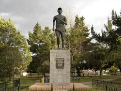 Monumento a Jefferson Perez