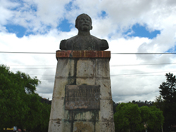 Monumento a Antonio Vega Muñoz