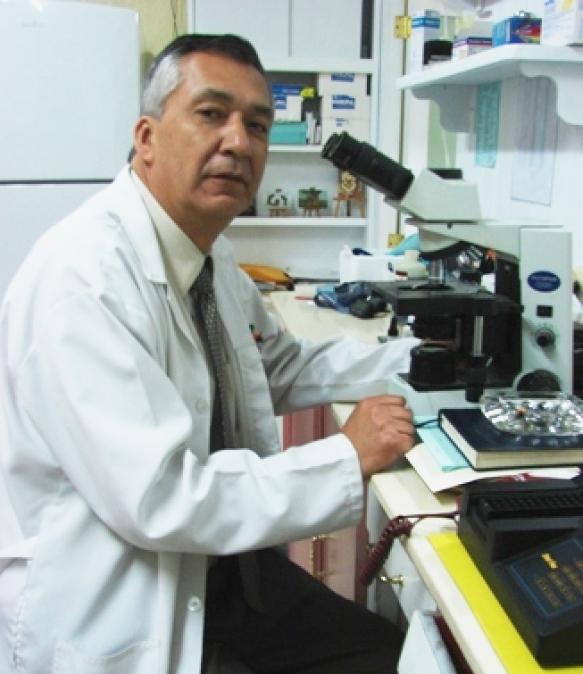 Dr. Ivan   Merchan Peñafiel  Medico Laboratorista Patologo Clinico