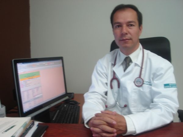 Dr. Rómulo Alcibiades Tapia Peñafiel