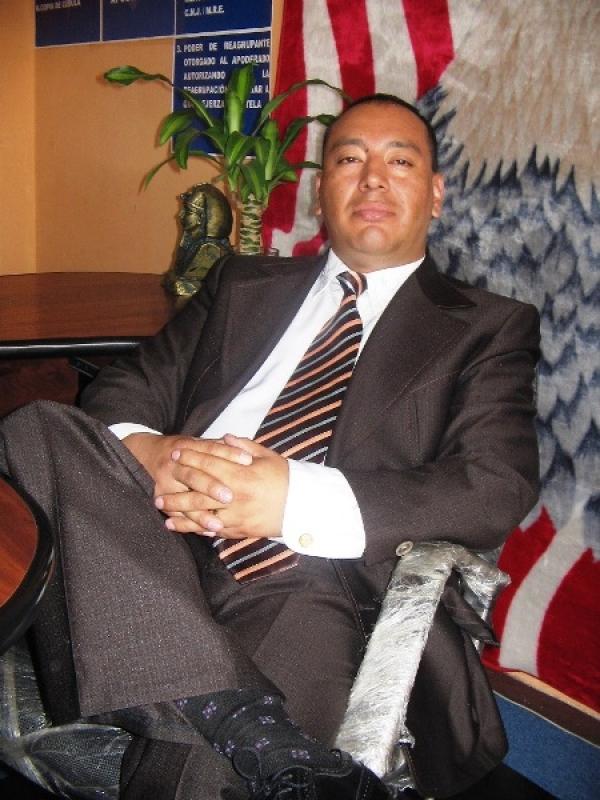 Ab. Pablo  Torres Valdez