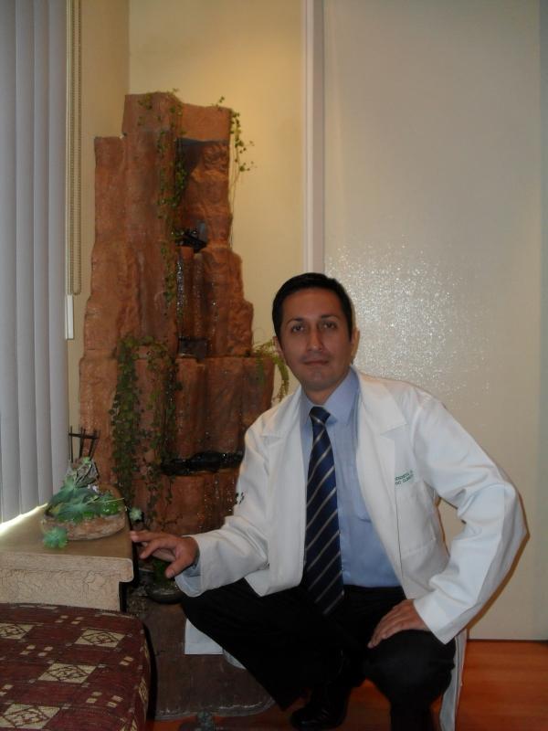 Dr. Marco   Mendieta Orellana  Psicólogo Clínico