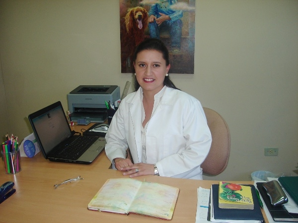 Dra. Monica   López Molina