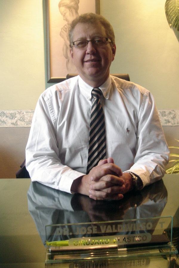 Dr. José  Moises Valdivieso Tamaríz