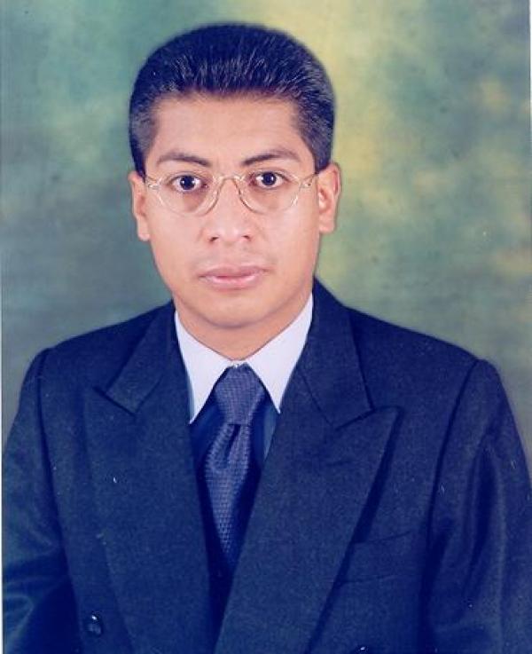 Dr. Galo Mauricio Solano Quinde