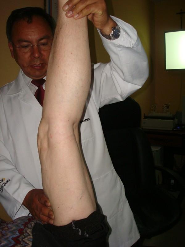 Dr. Jaime   Zhapan Pelaez  Médico Fisiatra Rehabilitador