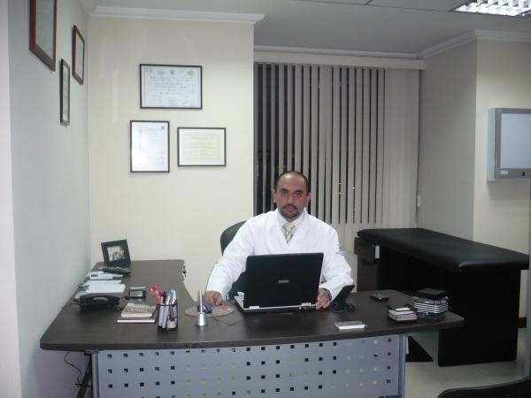 Chiristian Dr. Felipe Vásquez Palacios