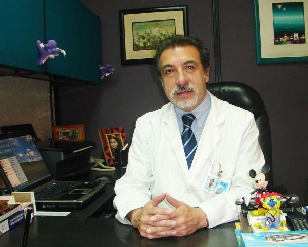 Dr. Patricio   Barzallo Cabrera  Pediatra