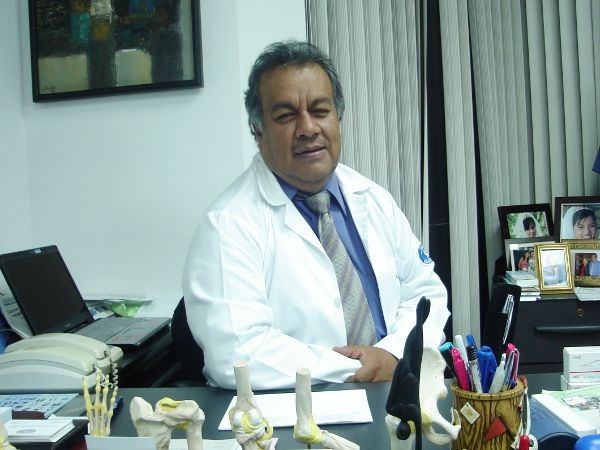 Dr. Mauricio Enrique Pesantez Illescas