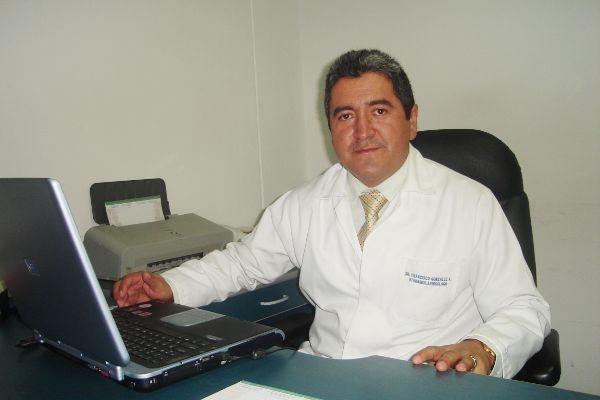 Dr. Francisco Oswaldo González Argudo