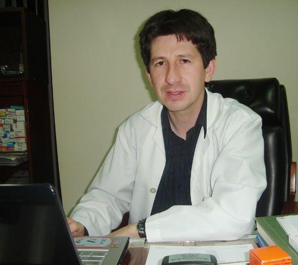Dr. Javier Patricio Encalada Barzallo