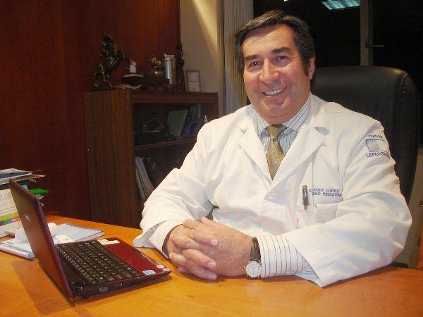 Dr. Eddy  López Astudillo