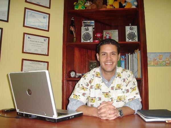 Dr. Ricardo J.  Sánchez Ramírez