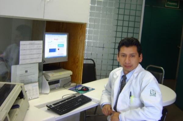 Dr. Marx Italo Bravo Muñoz