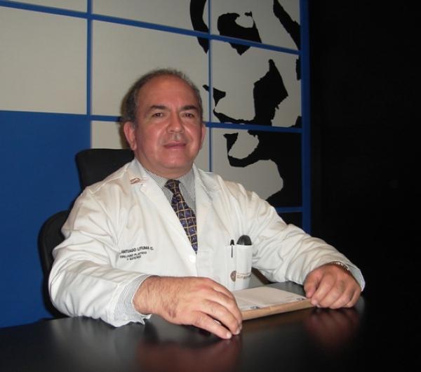 Dr. Santiago   Lituma Cobos  Cirujano Plástico Facial