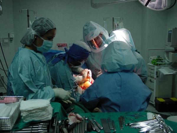 Dr. Marco   Carrión  Monsalve  Traumatólogo Ortopedista