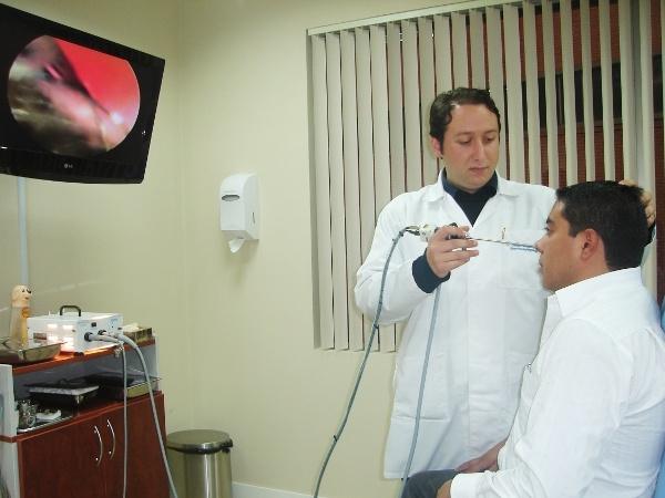 Dr. Diego   Maldonado Vega  Otorrinolaringólogo