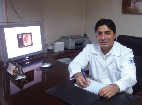 Dr. Fernando   Mejia  Gastroenterólogo