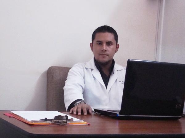 Dr. Esteban Andres Idrovo Quinde