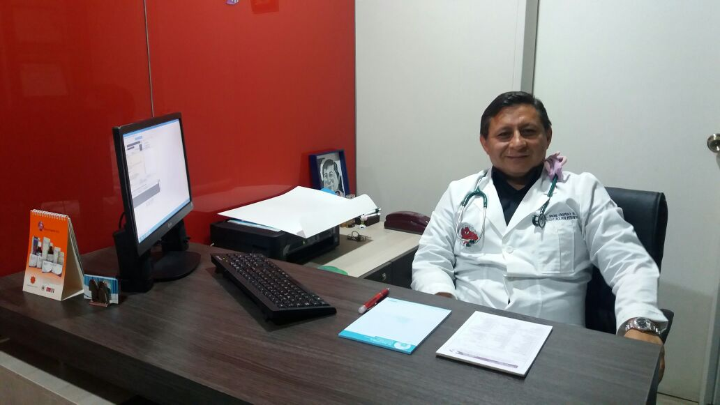 Dr.  Jhon   Chimbo  Pediatra