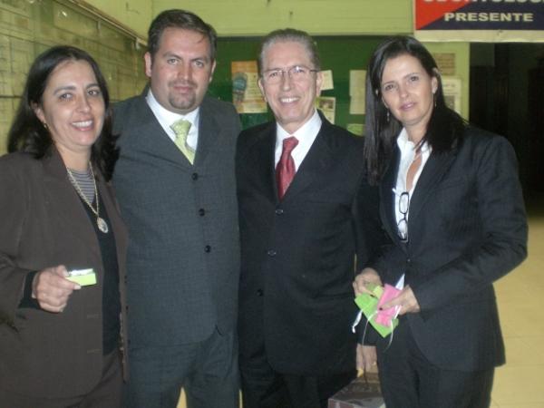 Dr. Pablo Esteban   Tamariz Ordóñez  Odontólogo