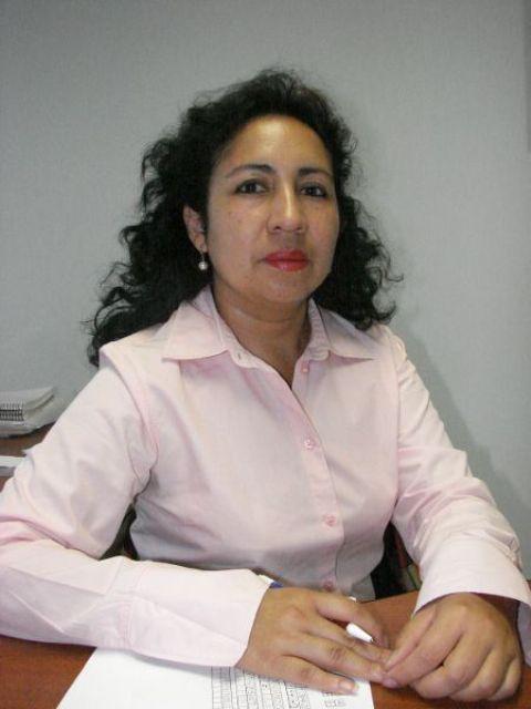 Dra. Ana  Lucia Pacurucu Pacurucu
